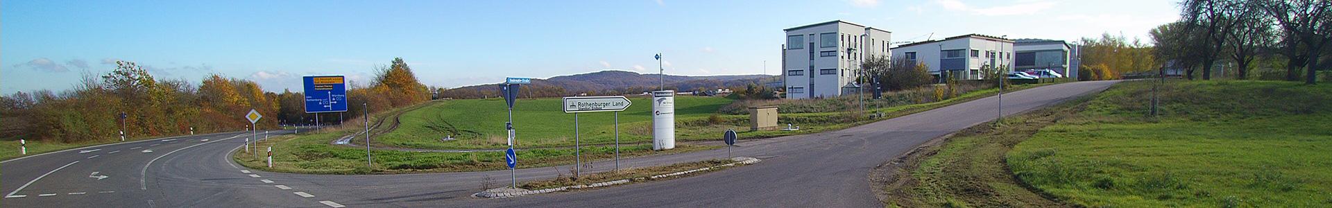 Die Einfahrt zum Gewerbepark Rothenburg ob der Tauber und Umland im Panorama