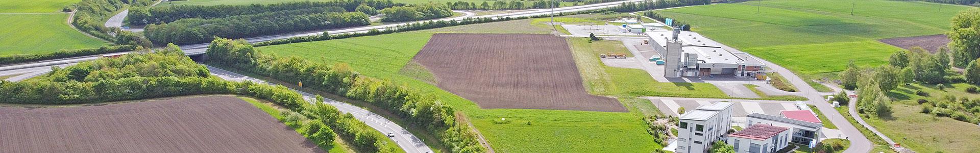 Luftbild des Gewerbeparks Rothenburg und Umland mit Anbindung an die Autobahn A7
